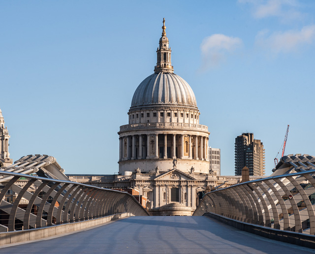 kv-comms-millenium-bridge-st-pauls