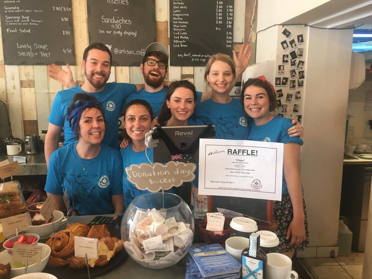 donation-day-at-artisan-with-the-team